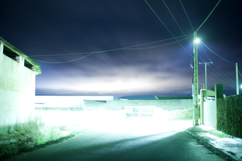 El interior night photographs by Victor Hugo Martin